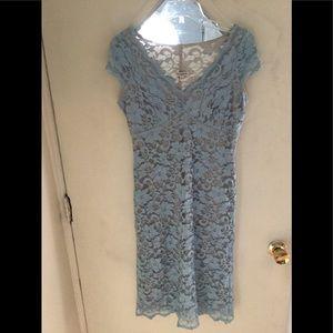 Cap sleeves lace midi dress